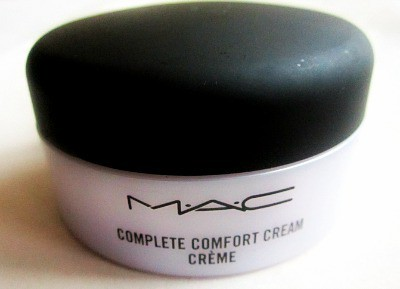 beauty musthaves: MAC Complete Comfort Crème