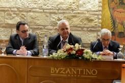 Οι καθηγητές Ανασ. Μαράς, Γεωρ. Παναγιωτάκης και Αθ. Αγγελόπουλος
