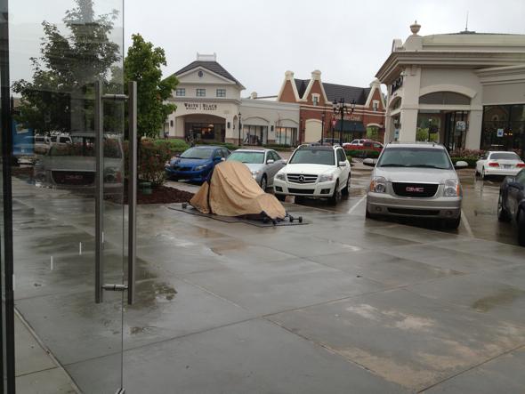 iPhone 5 customer's tan tent - Apple Store The Promenade at Chenal, Little Rock, Arkansas