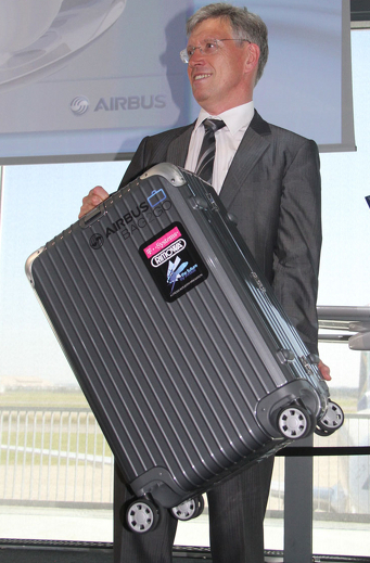 Airbus Bag2Go iPhone-enabled smart suitcase