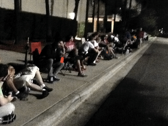 iPhone line outside Apple Retail Store International Plaza, Tampa Bay, Florida at 12:28am EDT