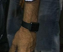 Closeup of Jeb Bush's Apple Watch (Photo: Tom Tingle/The Republic)