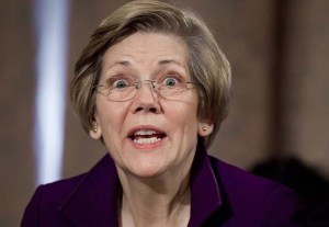 U.S. Senator Elizabeth Warren (D-Mass.) (photo: SAUL LOEB/AFP/Getty Images)