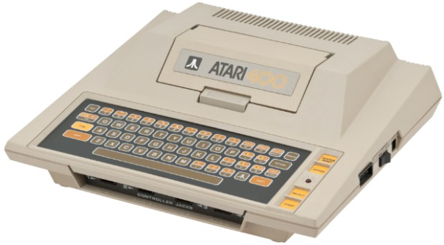 Atari 400 (1979) with a membrane keyboard and single-width cartridge slot cover (Photo by Evan-Amos - Own work, CC BY-SA 3.0