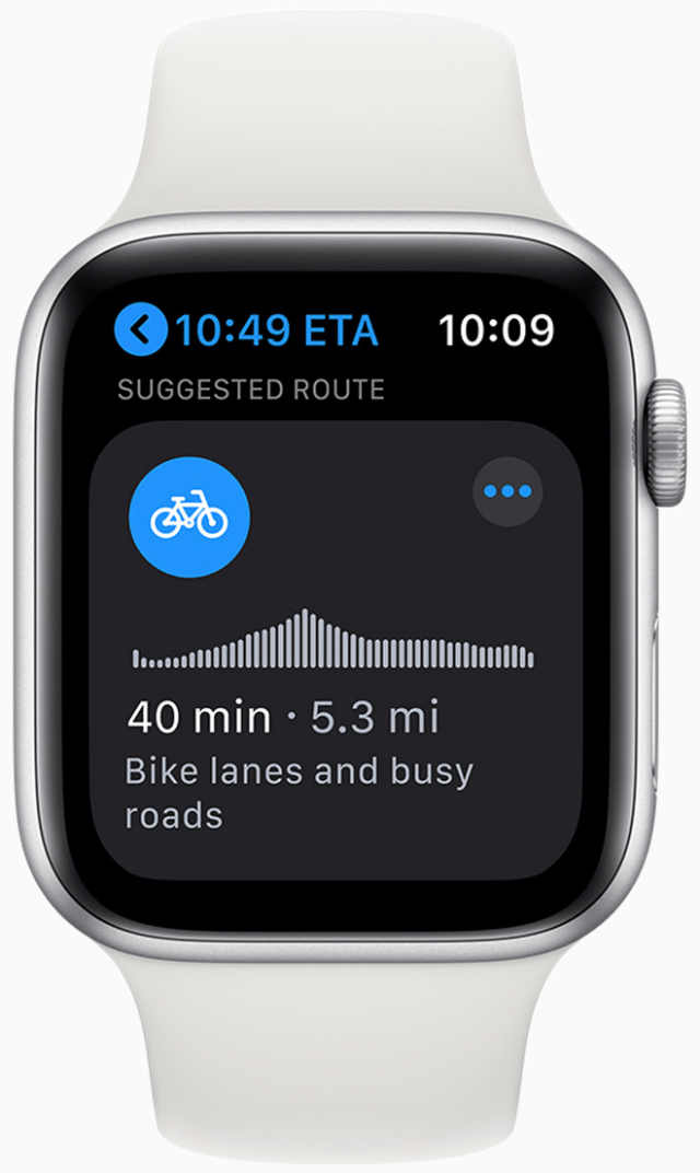 Navigate with the convenience of cycling directions on Apple Watch.
