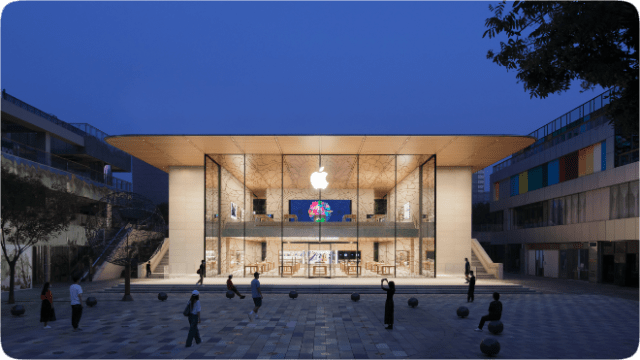 The new Apple Sanlitun sits adjacent to the previous location on Taikoo Li's open square.