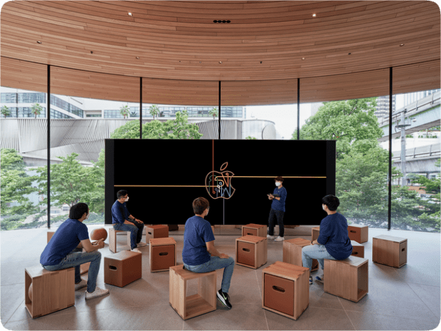 Centered around a Video Wall, the Forum will be home to future Today at Apple sessions.