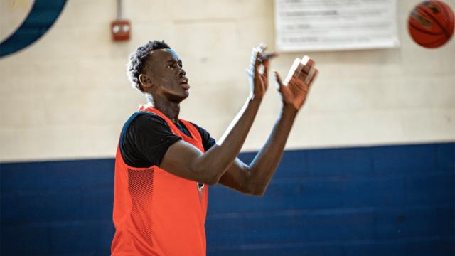 "Basketball phenom Makur Maker in ""Big Man on Campus"""