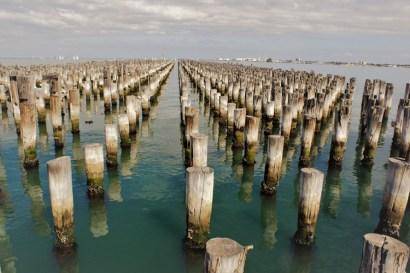 port melbourne -_
