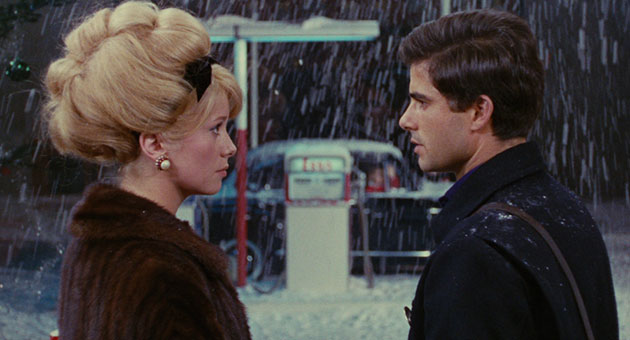 Umbrellas of Cherbourg Movie Still 3