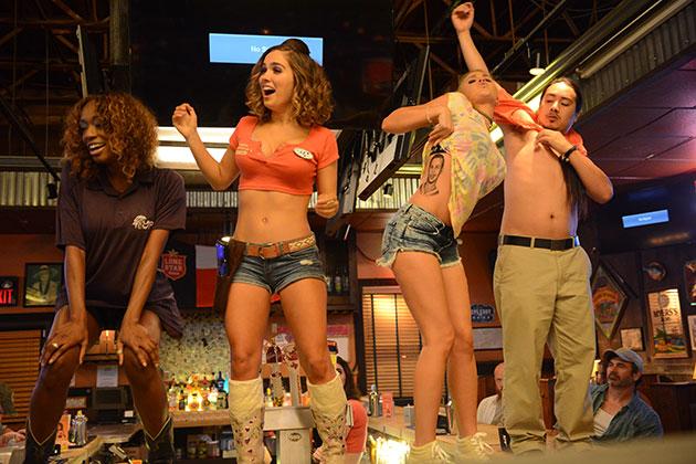 Support The Girls Movie Still 2