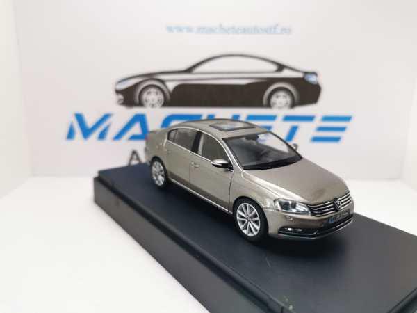 VW Passat B7 2011 PEARLSILVER 2