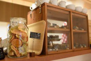 豊島区千川に100%ピュア・ダージリンティーと焼き菓子のお店「Tea Shop Parvati」