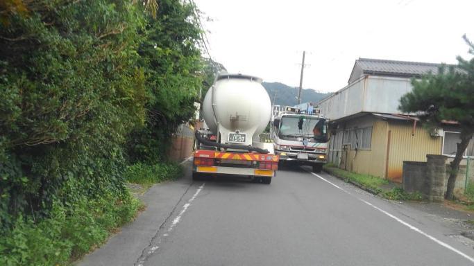 今日はやけにトラックの往来が激しい349(東舘・男性)