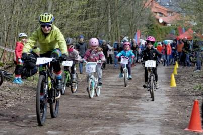 Gdanski_Tour_Bikerow_Bretowo_2017-04-22 12-06-28