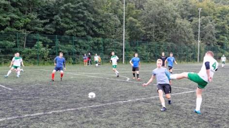 Piłkarskie_Mistrzostwa_Brętowa_Seniorow_2017-09-23 10-57-13