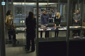 conviction-1x13-9