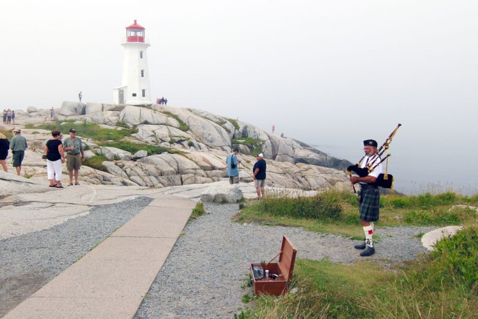 Peggy's Point Lighthouse, Bagpiper, Peggy's Cove, Lighthouse