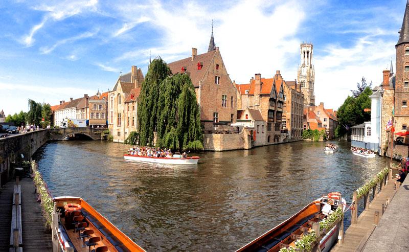 Bruges, Boat Tour, #PhotoChallenge