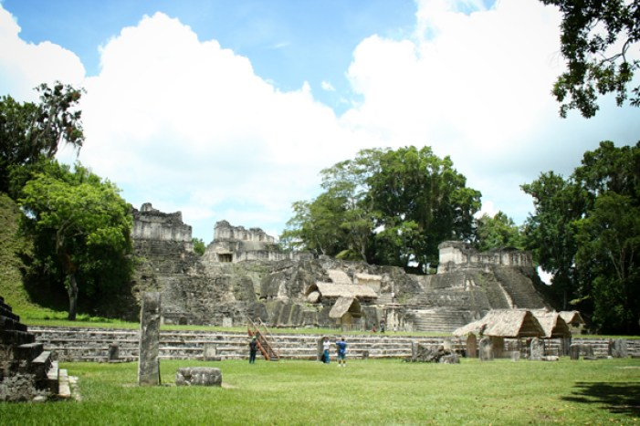 tikal-the-lost-city-homes