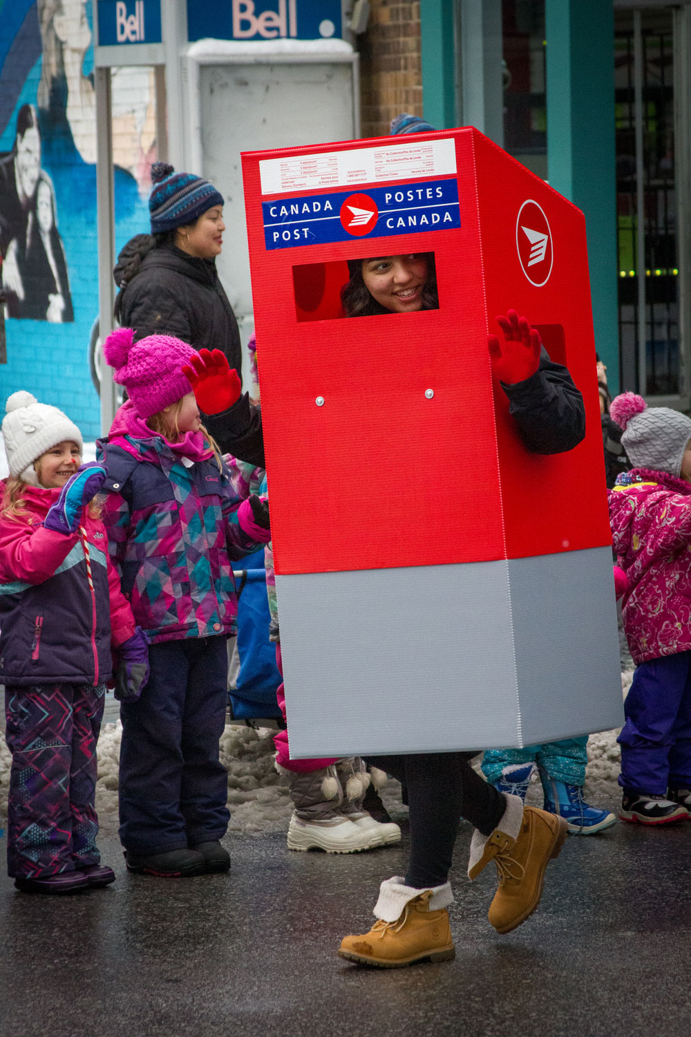 Canada Post, Mail Box, Parade