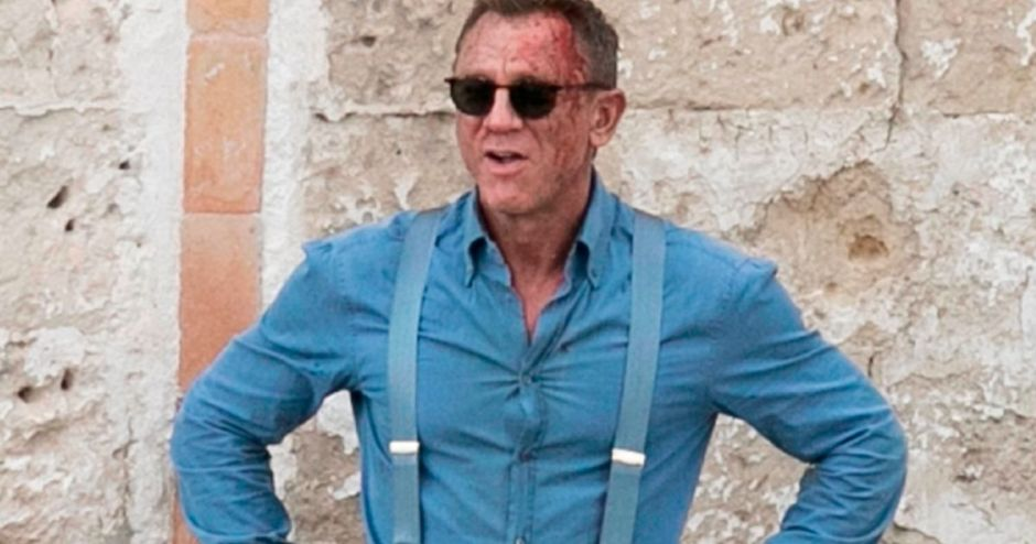 1_PAY-PROD-Daniel-Craig-is-all-scuffed-up-and-covered-in-blood-as-he-shoots-the-25th-Bond-movie-No-Time-To-Die