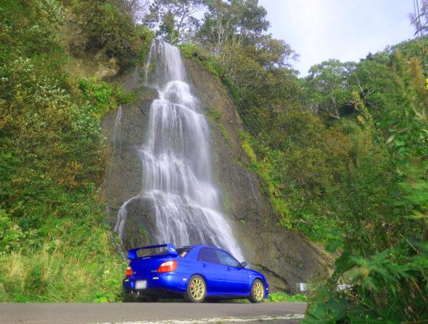 動画【滝・北海道】セセキの滝・愛車とツーショットが撮れる滝