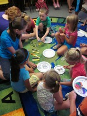 Circle up for crafts!