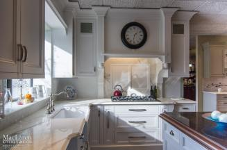 traditional transitional marble white clean elegant kitchen display