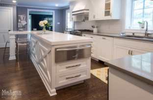 Quartz countertop Kitchen in Bryn Mawr
