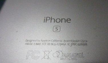 iPhone 6s descascando