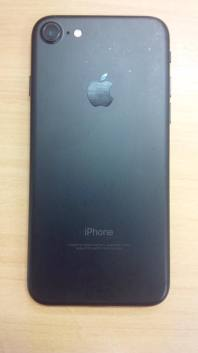 iPhone 7 preto matte descolorindo