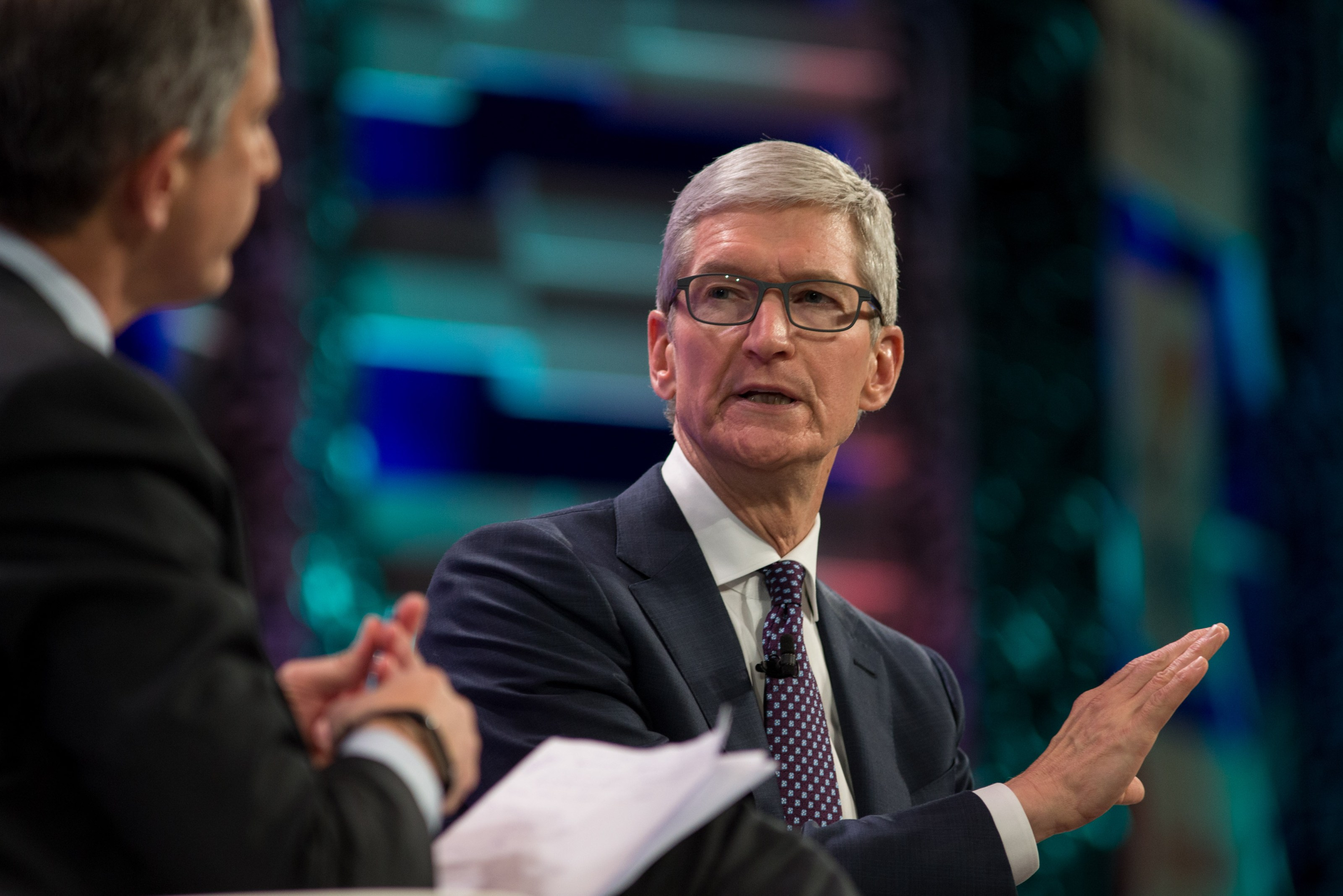 Tim Cook na China durante a Fortune Global Forum.