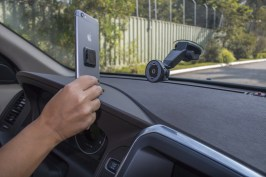 Suporte veicular (Suction Mount), da LifeProof