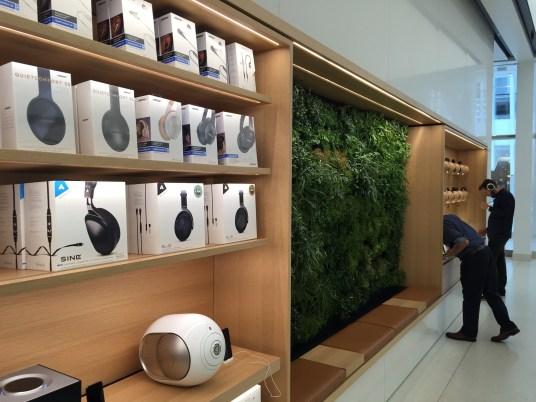 Apple World Trade Center no Oculus de Nova York