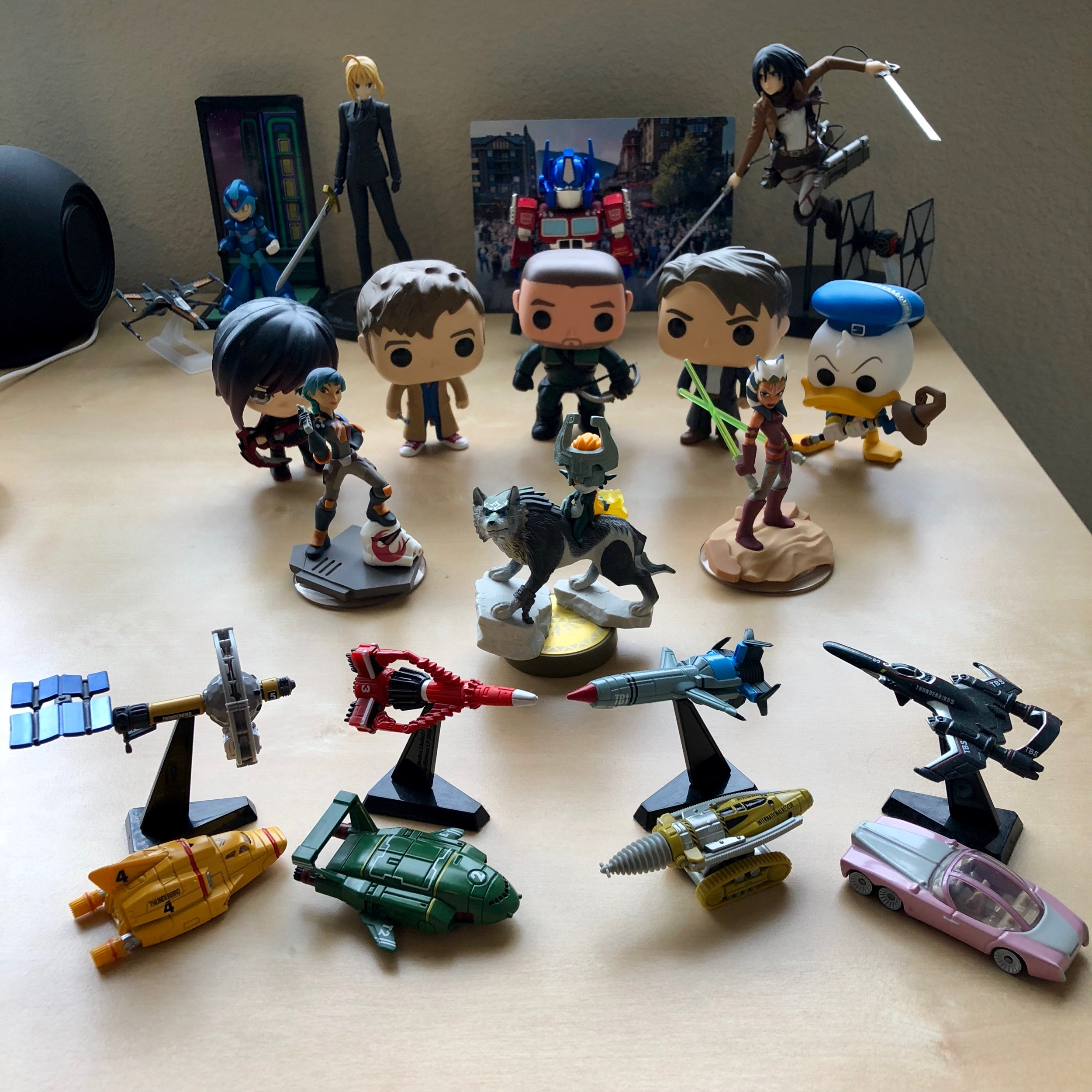 Desk Army 9
