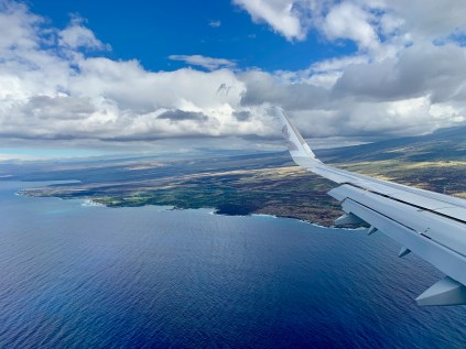 Flying into Hawaii