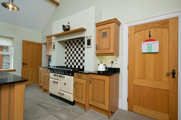 Pine Kitchen Range MacMedia Cork