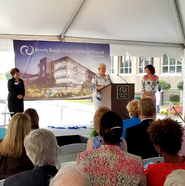 Beverly Knight Olson speaking at Childrens Hospital