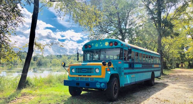 Ocmulgee Outdoor Expeditions - Bus