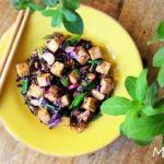 Tofu marinado con salteado de verduras