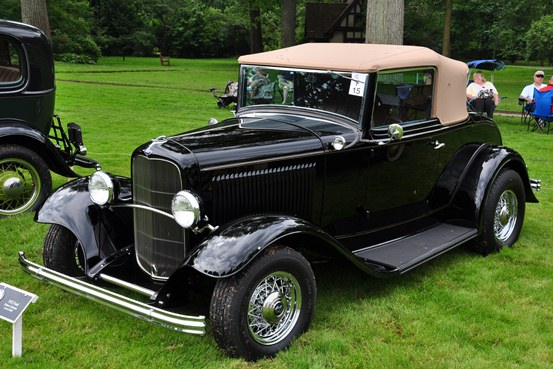 Lewis Wolff 1932 Ford Deluxe Cabriolet
