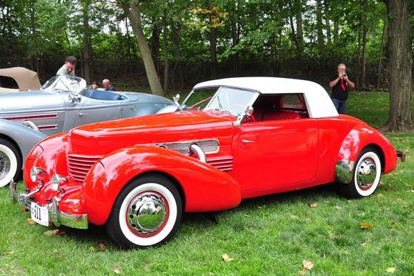 1937 Cord 812 Cabriolet 511