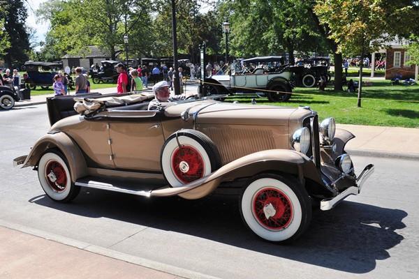 Auburn Roadster on the street