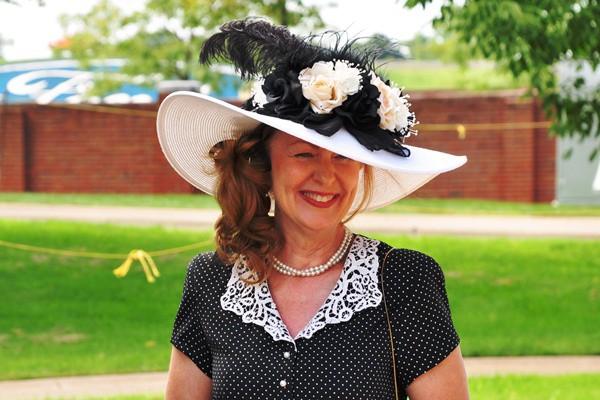 Lady in stylish hat