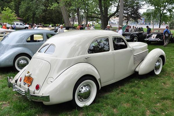Scott Davis 1936 Cord 810 Westchester Sedan