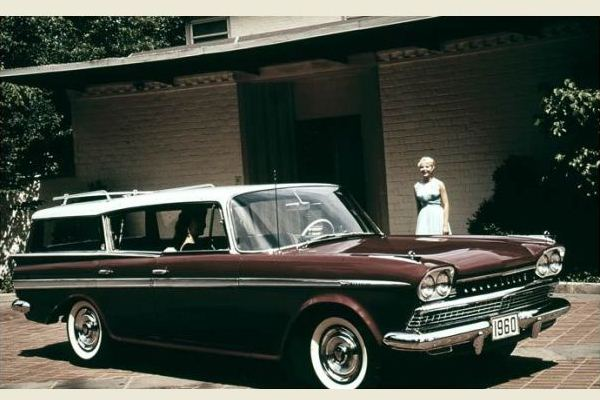 1960 Rambler Ambassador Wagon with model