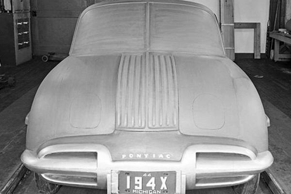 1944 Pontiac fullsize clay proposal
