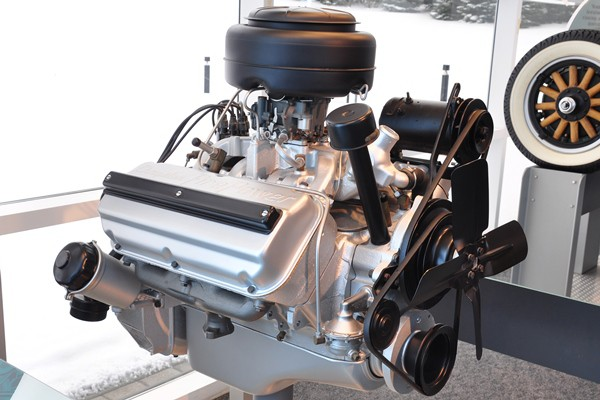 1951 Chrysler 331 CID Hemi engine