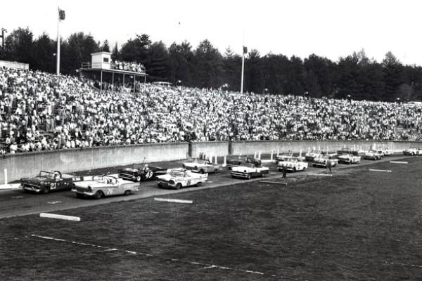 Bowman-Gray Stadium Glen Wood 21 1956 Ford